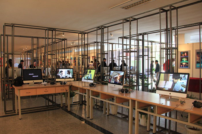 多媒体作品与音响灯光设计展